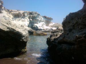 Playa El Arco (Almería), con sus dunas fósiles