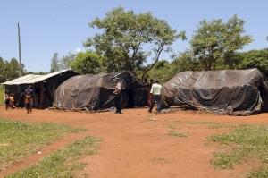 Indígenas_Guarani_Kaiowá_vivem_em_acampamentos_precários_e_improvisados