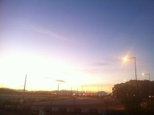 Málaga: Si amplias la foto se aprecia la excesiva iluminación en zonas poco pobladas y en horario diurno.