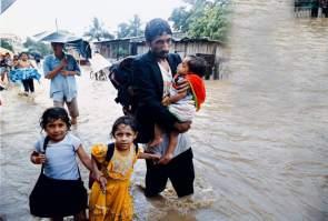 Las consecuencias de los huracanes en los países pobres son terribles, pero lo pero son las consecuencias económicas posteriores, si se implanta el